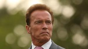 Der Terminator in der Zwangsjacke