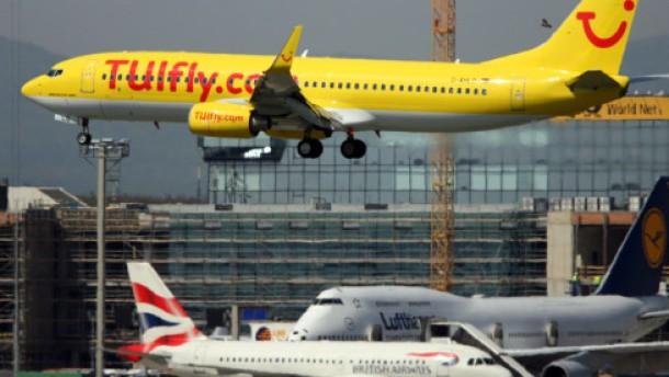 TUIfly lehnt sich an die Lufthansa an