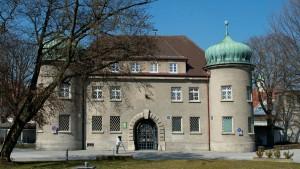 Erst Landsberg, dann München