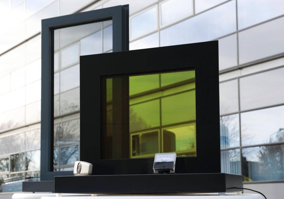 fl ssigkristallfenster auf knopfdruck dunkle scheiben unternehmen faz. Black Bedroom Furniture Sets. Home Design Ideas
