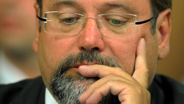 Sauerland will aufklären, nicht zurücktreten