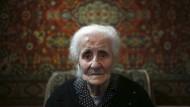 103 Jahre alte Armenierin erzählt von ihrer Flucht
