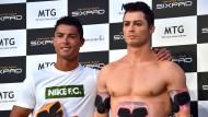 Cristiano Ronaldo trifft Doppelgänger aus Silikon
