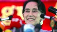 Mit 83 Prozent gewinnt San Suu Kyi die absolute Mehrheit
