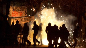 Griechische Krawalle weiten sich auf Europa aus
