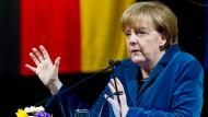 Merkel: Eventuell Erleichterungen für kleine Firmen