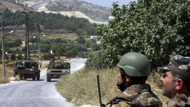Syrische Armee stürmt Dschisr al Schughur
