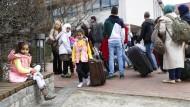 EU-Türkei-Abkommen: Erste Flüchtlinge in Deutschland gelandet