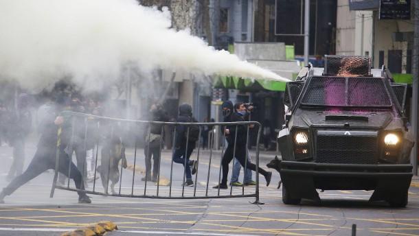 Chilenische Studenten auf den Barrikaden