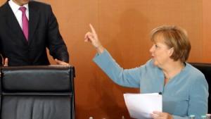 Rösler will sich Merkels Machtwort nicht beugen