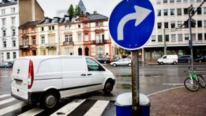 Warum kann man in Frankfurt nicht links abbiegen?