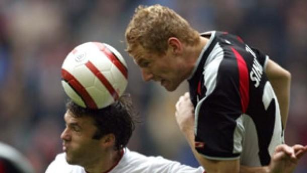 Podolski trifft einmal, Hamburg viermal