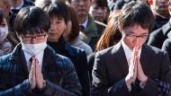 Hunderttausende beten um gutes Arbeitsjahr