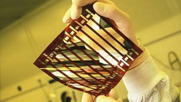 KI entwickelt Solarzellen