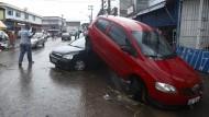 Straßen in Sao Paulo überflutet