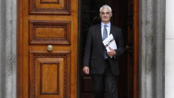 Briten führen Abgabe auf Banker-Boni ein