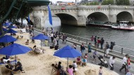 In Paris am Strand liegen