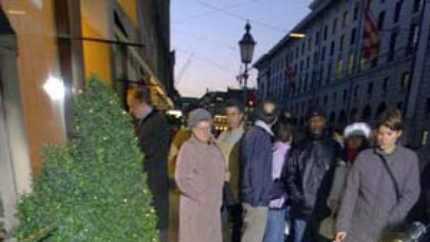 Erste Spur: München sucht Mann mit Wollmütze