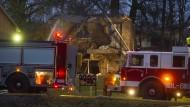 Flugzeug kracht in Wohnhaus in Ohio