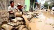 Chaos in Peru
