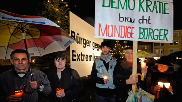 500 Menschen demonstrieren gegen Rechtsextremismus