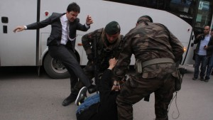 Erdogan feuert Berater nach Fußtritten