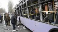 Zahlreiche Tote beim Beschuss einer Bushaltestelle