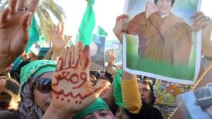Gaddafi weist Anerkennung des Übergangsrats zurück
