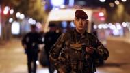 Polizist bei Anschlag getötet