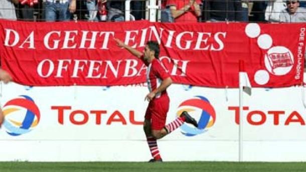 Aufsteiger Braunschweig stürmt an die Spitze