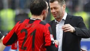 Eintracht gewinnt Kellerduell dank Gekas