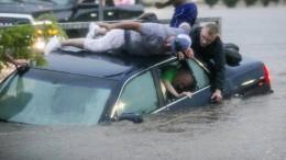 Überschwemmungen nach heftigen Regenfällen