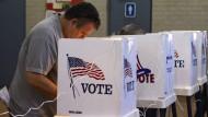 Wahl in Amerika hat begonnen