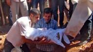 Beisetzung des ertrunkenen Flüchtlingsjungen