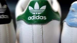 Adidas erhöht die Prognose