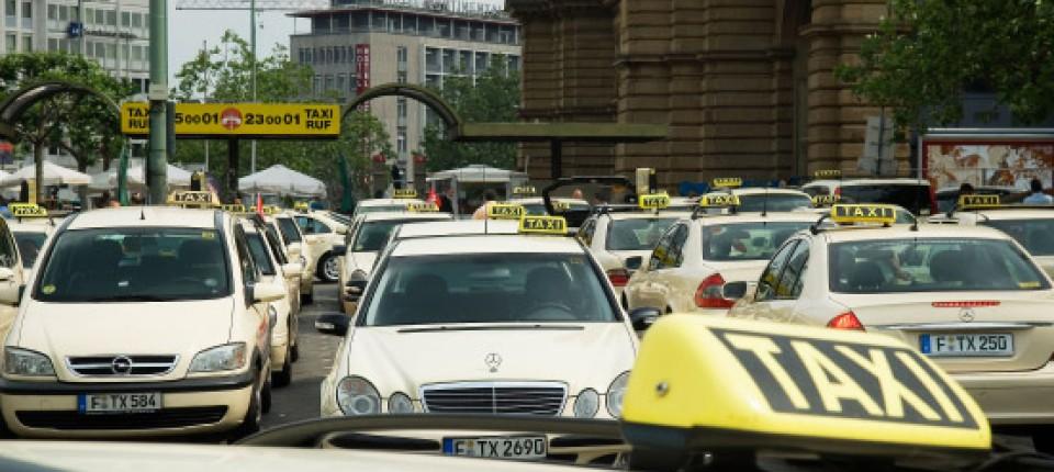 Billig Taxi Frankfurt