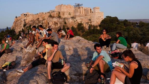 Die Griechen hübschen ihre Urlaubsziele auf