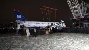 Airbus aus Hudson River geborgen