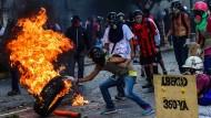 Machtkampf zwischen Maduro und Opposition geht weiter