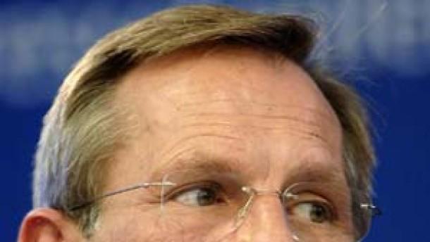 Allianz-Chef droht mit Stellenabbau