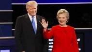 Clinton und Trump liefern sich harten Schlagabtausch