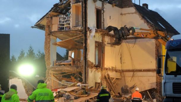 Drei Tote bei gewaltiger Explosion in Brühl