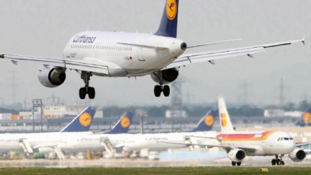 Der Lufthansa macht der Ölpreis zu schaffen