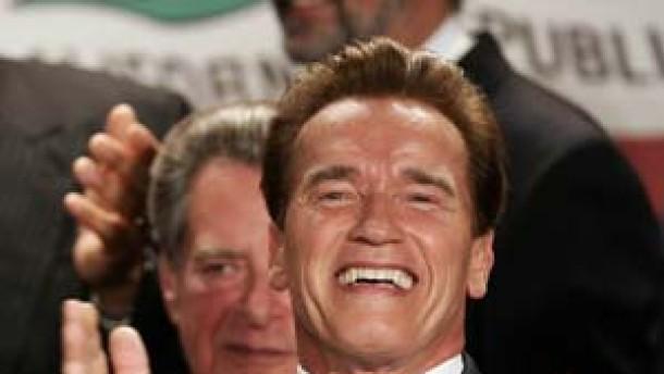 Schwarzenegger bleibt Gouverneur von Kalifornien