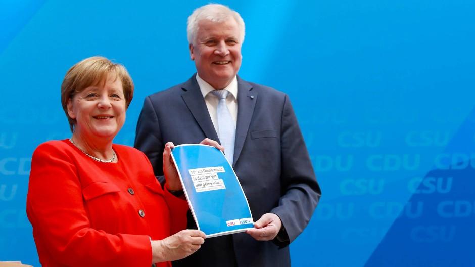 Merkel und Seehofer zeichnen Bild der Geschlossenheit