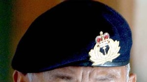 Militär holt Präsidenten zurück