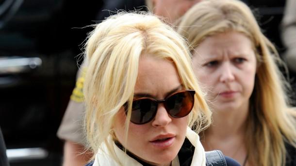 Lindsay Lohan muss in Haft - und ins Leichenhaus