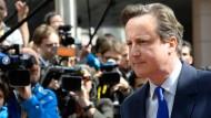Cameron: Menschenschleuser mit Kriegsschiffen bekämpfen