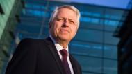 Jürgen Mathies als neuer Polizeipräsident vorgestellt