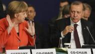 Nach Treffen mit Erdogan bleiben bei Merkel Fragen ungeklärt